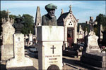 Renoir is buried in Essoyes